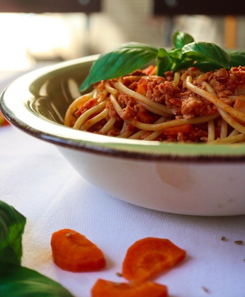Kitakoch_Vegane Bolognese mit Sojageschnetzeltem